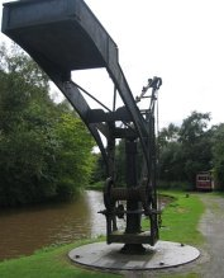 The Shropshire Canal © essentially-england.com