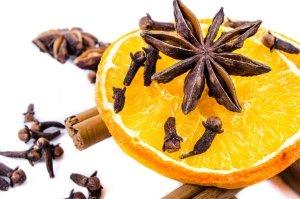 Christmas Spices | PublicDomainPictures pixabay.com