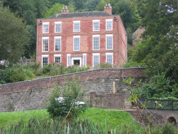 Dale House © essentially-england.com