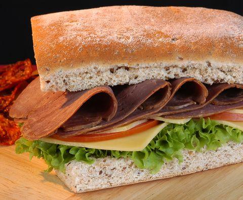 Roast Beef Sandwich | © Luisa Leal Melo dreamstime.com