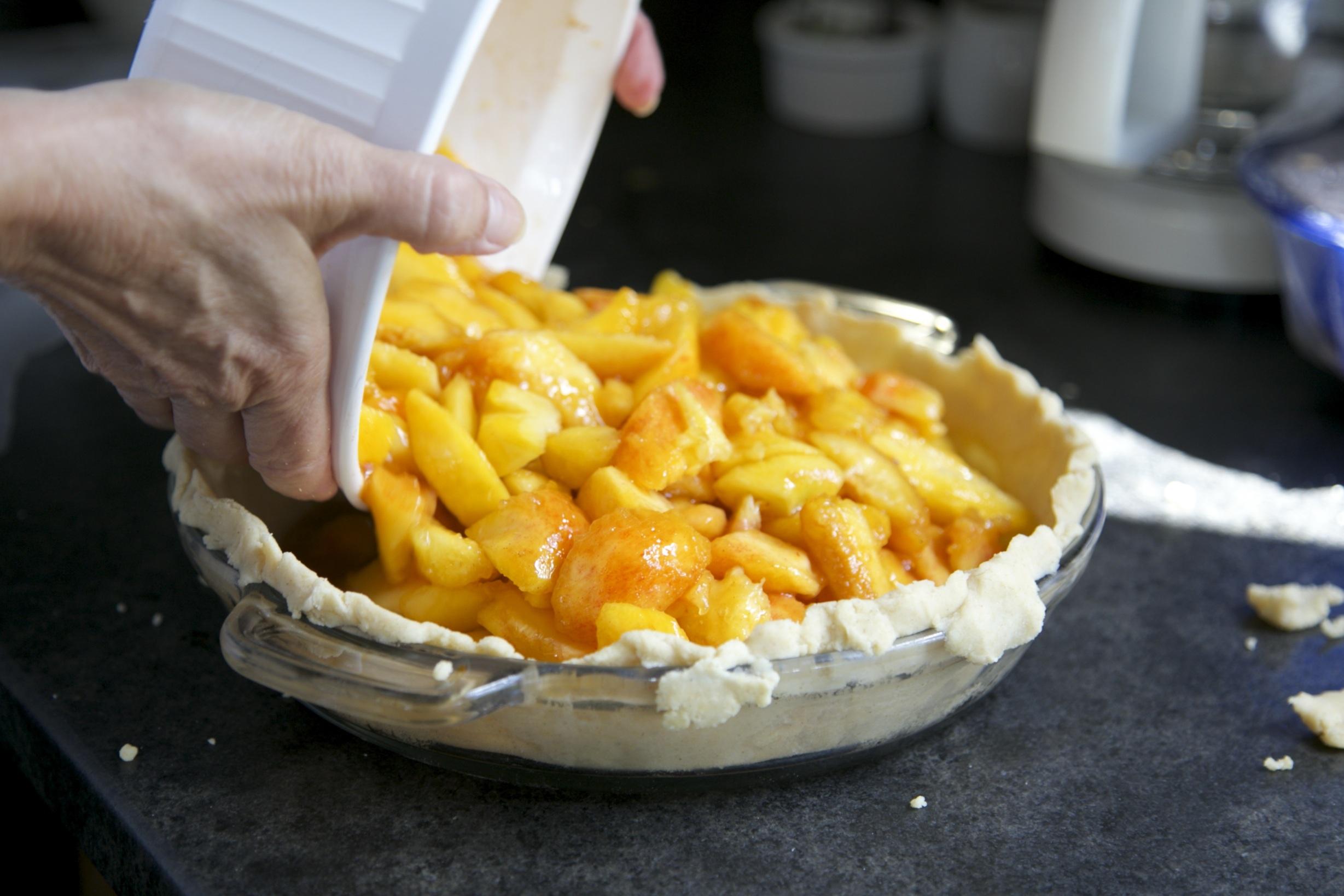 Making Apple Pie | Image Credit: Snapwiresnaps pixabay.com
