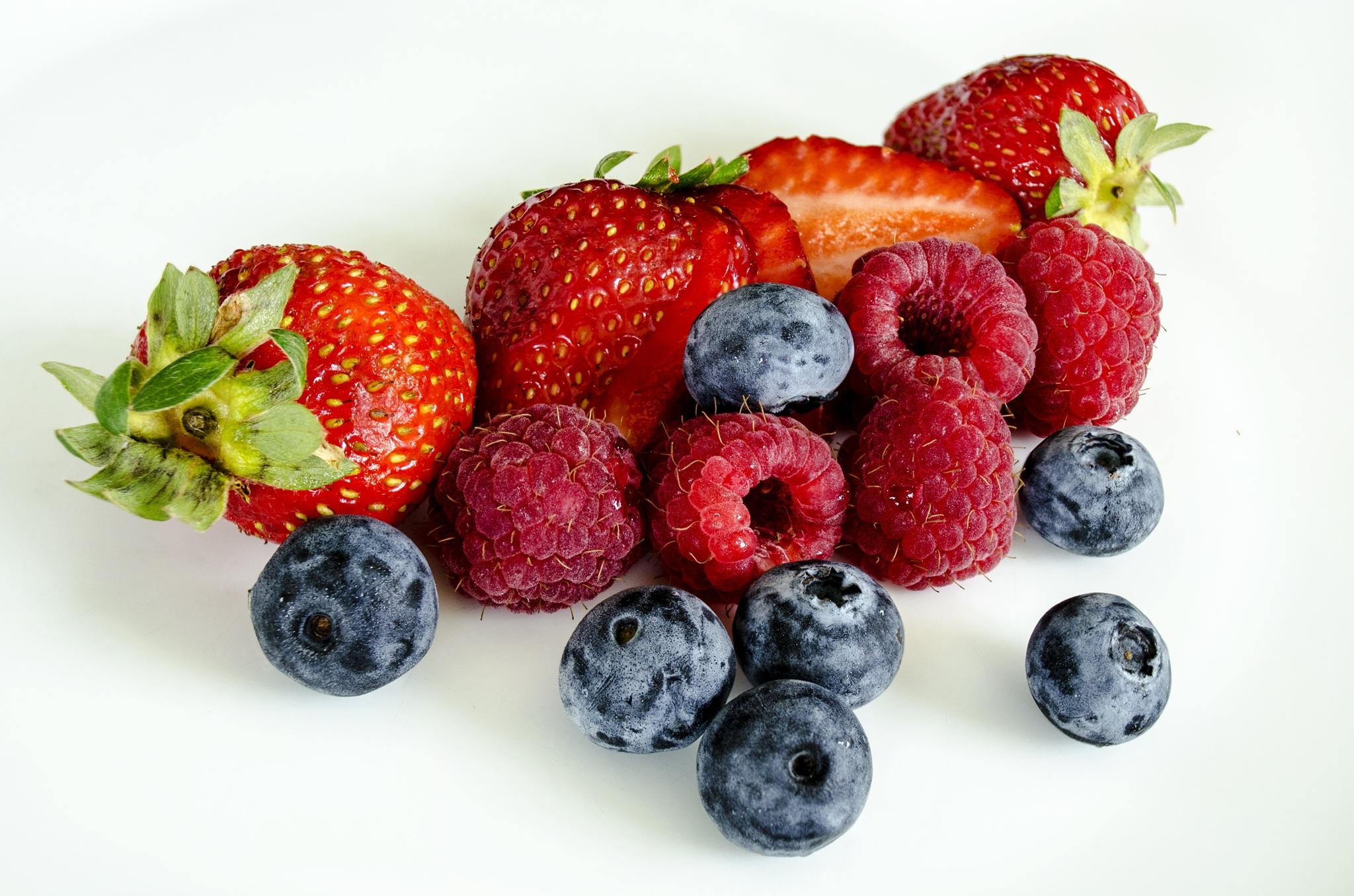 Summer Berries   © Skyangel Pixabay.com