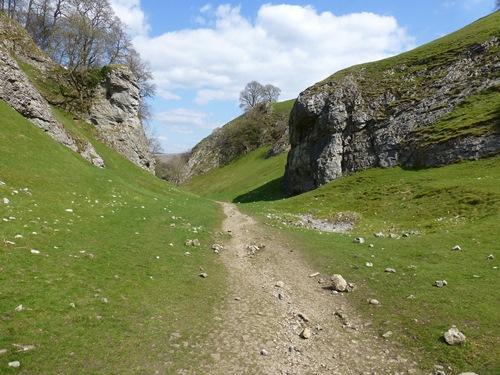 Derbyshire Scenery © essentially-england.com