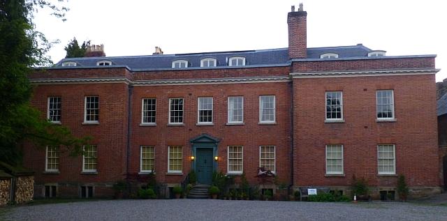 Dinham House © essentially-england.com