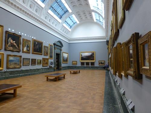 Tate Gallery London © essentially-england.com