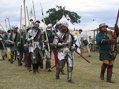 Explore English History   © essentially-england.com