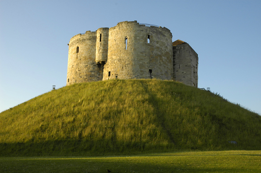 Early Norman Motte and Bailey Castle   Clifford's Tower, York   © Patrick McCabe fotolia.com