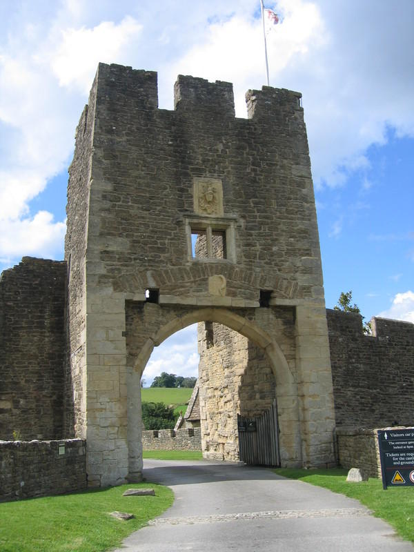 English Castles: Gatehouse of Farleigh Hungerford Castle, Somerset
