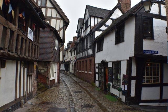 Walking among the medieval streets of Shrewsbury in Shropshire © essentially-england.com
