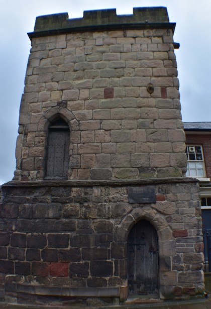 The town wall tower is a small remaining part of the mediveal town wall © essentially-england.com